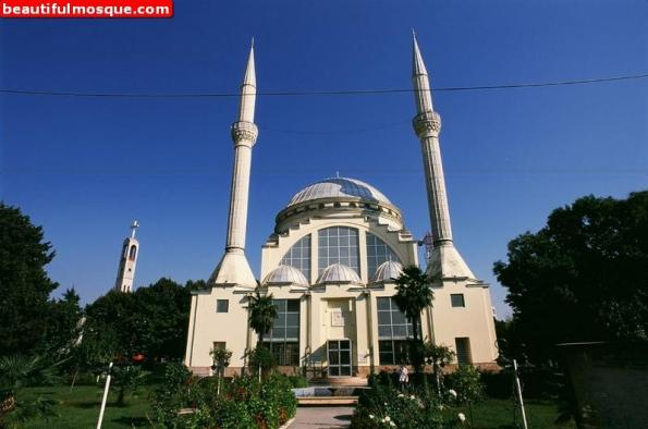 lead-mosque-in-shkoder-albania-6